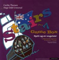 Stairs 7. Game box. Spill og øv engelsk for 5-7. trinn. For 2-5 spillere. Med spillbrett, spillebrikker, terninger, spørsmålskort og bokstavkort