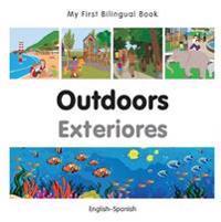 Outdoors / Exteriores