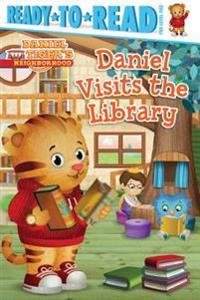Daniel Visits the Library - Maggie Testa  Jason Fruchter - böcker (9781481441735)     Bokhandel