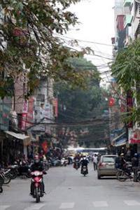 Mopeds on a Narrow Street in Hanoi, Vietnam: A Blank Lined Journal for Writing and Note Taking