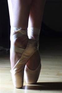 Waiting En Pointe in the Wings Ballet Journal: 150 Page Lined Notebook/Diary